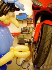 Luftballon Motorrad Reparatur