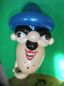 Mann mit Hut aber nur der Kopf