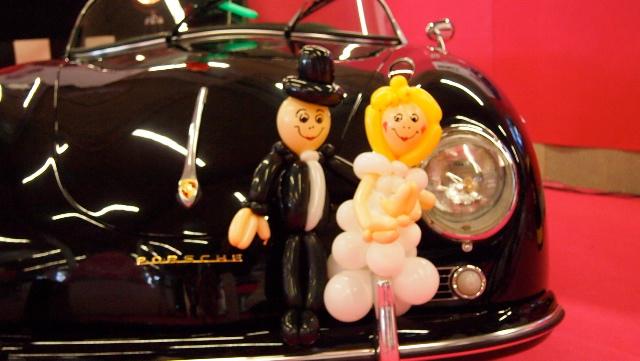 Galerie Ballonmodellage Traumpaar mit Porsche