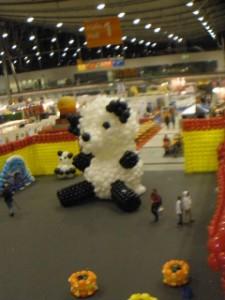 Pandabär aus Luftballons