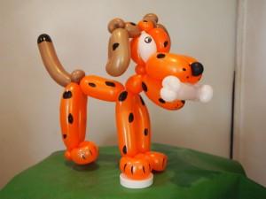 Luftballonkünstler Verden Hund mit Knochen