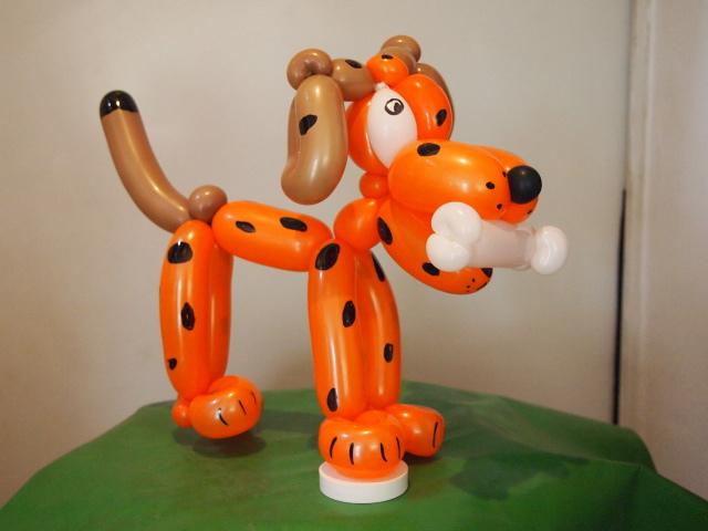 Luftballonkünstler Essen Ballonmodellierer Hund mit Flecken