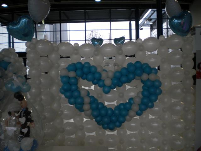 Galerie Ballondekorationen Pearlballoon Herz an einer Quicklinksballoonwand